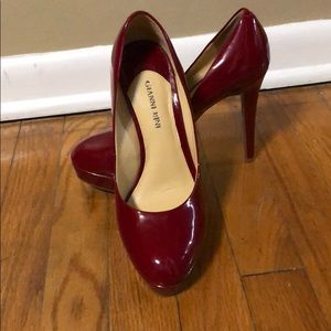 Gianni Bini patent red pumps